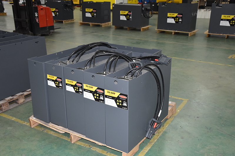 Is a Lithium Ion Forklift Battery Worth the Extra Expense?