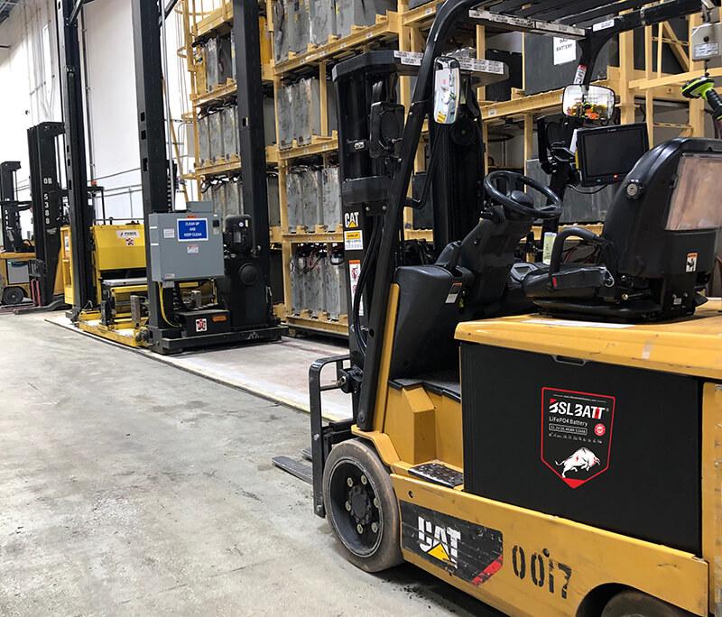 Des chariots élévateurs plus sûrs avec des batteries Li-ion au phosphate de fer