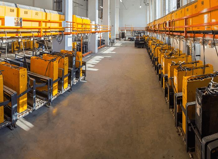 Les batteries de chariots élévateurs au lithium-ion valent-elles le prix? Deux statistiques surprenantes
