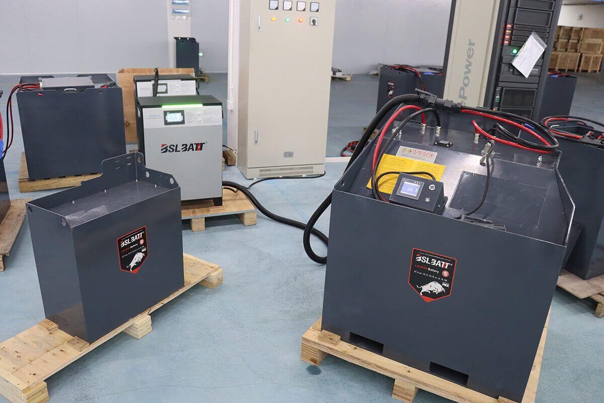 batterie industrielle et chargeur